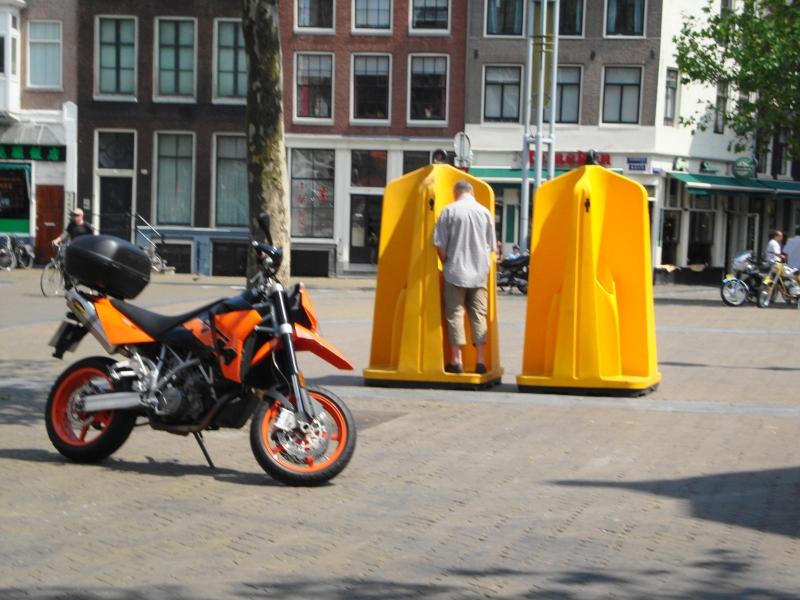 orinarios-publicos-en-amsterdam