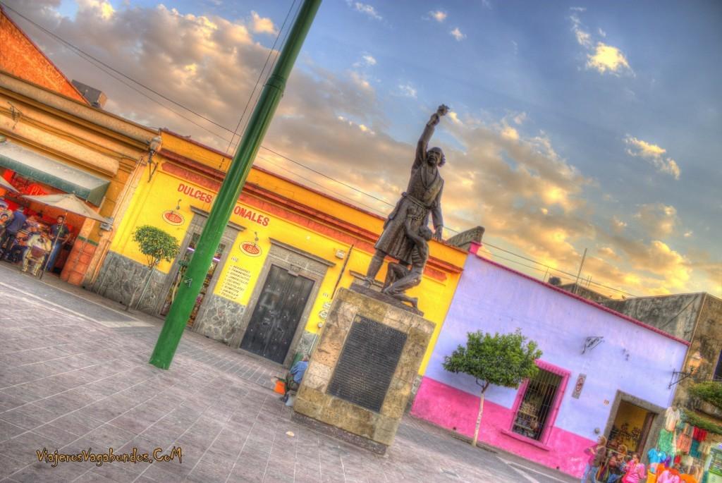 Frente a la plaza en Tlaquepaque