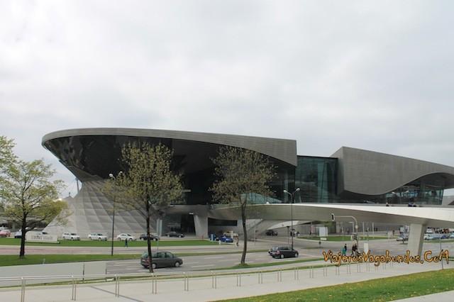 BMW Welt en Munich Alemania
