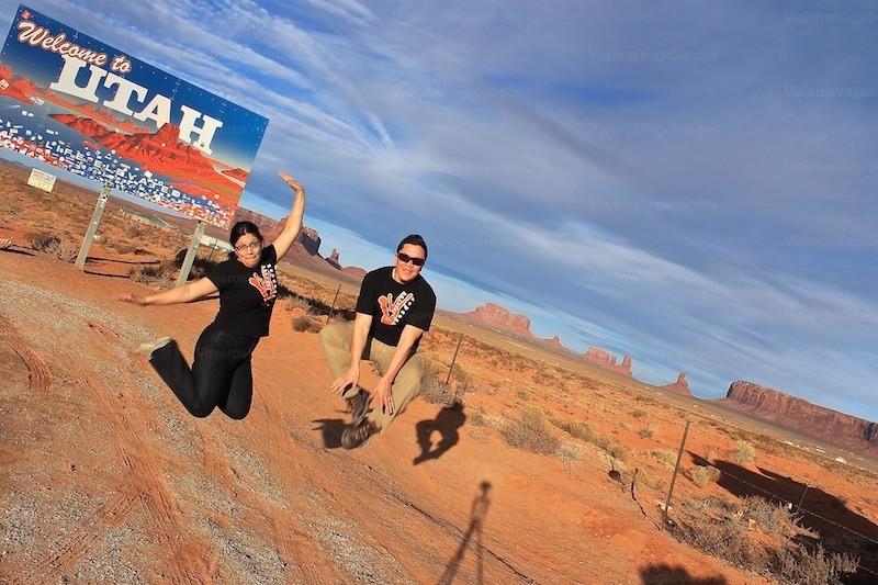 Los Colosos Posando Para la Foto en Monument Valley