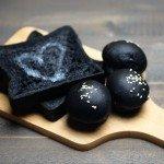 10 Fotos que Harán que Quieras Probar la Comida con Carbón Activado