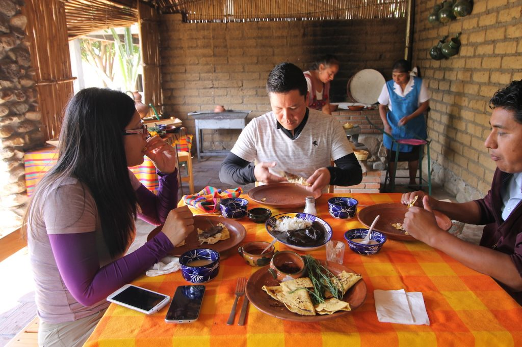 comida oaxaqueña en Tierra Antigua