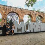 letrero y acueducto de morelia