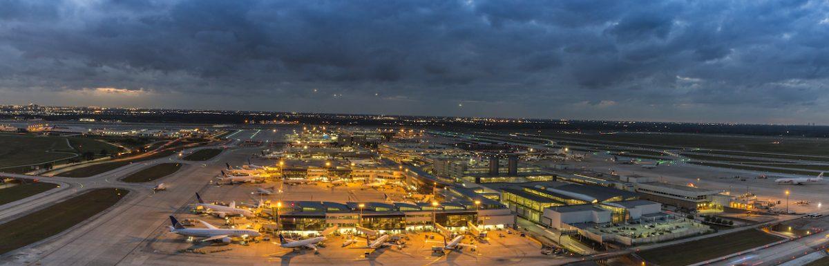 Más aerolíneas se suman a la reactivación de vuelos en los aeropuertos de Houston